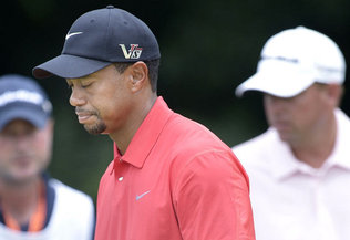 Tiger Woods struggled all week at the U.S. Open. Despite playing well on Friday (par 70), Woods missed too many putts on his way to a 13-over 293. Justin Rose, the 32-year-old Englishman, won the tournament.