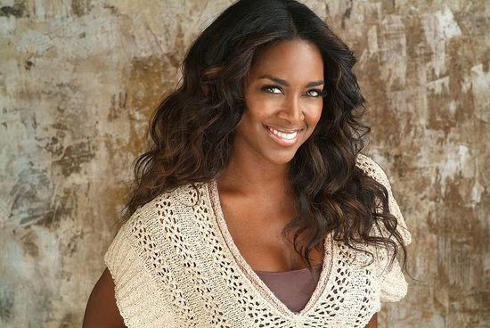Reality Star Kenya Moore Countersues Landlady for 'Lying'