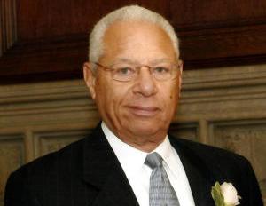 John L. Dotson Jr., First Black Newspaper Publisher, Dies at 76