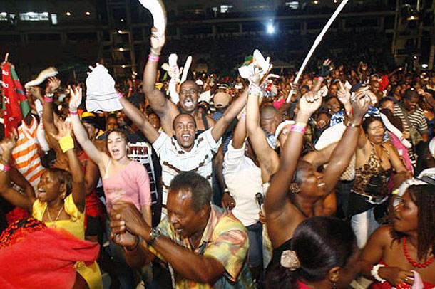 creolefestivalcrowd