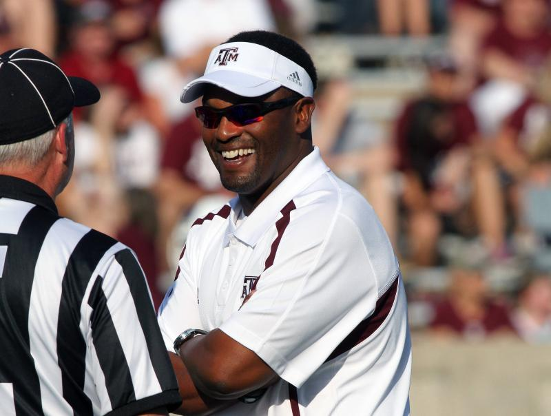 Texas A&M and Kevin Sumlin Agree to Six-Year Deal