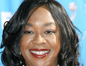 Shonda Rhimes Speaks Out About DGA Diversity Award