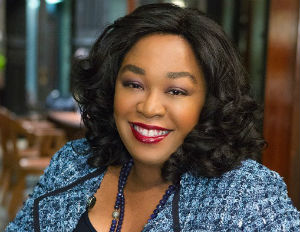 10 Facts About Producer Shonda Rhimes