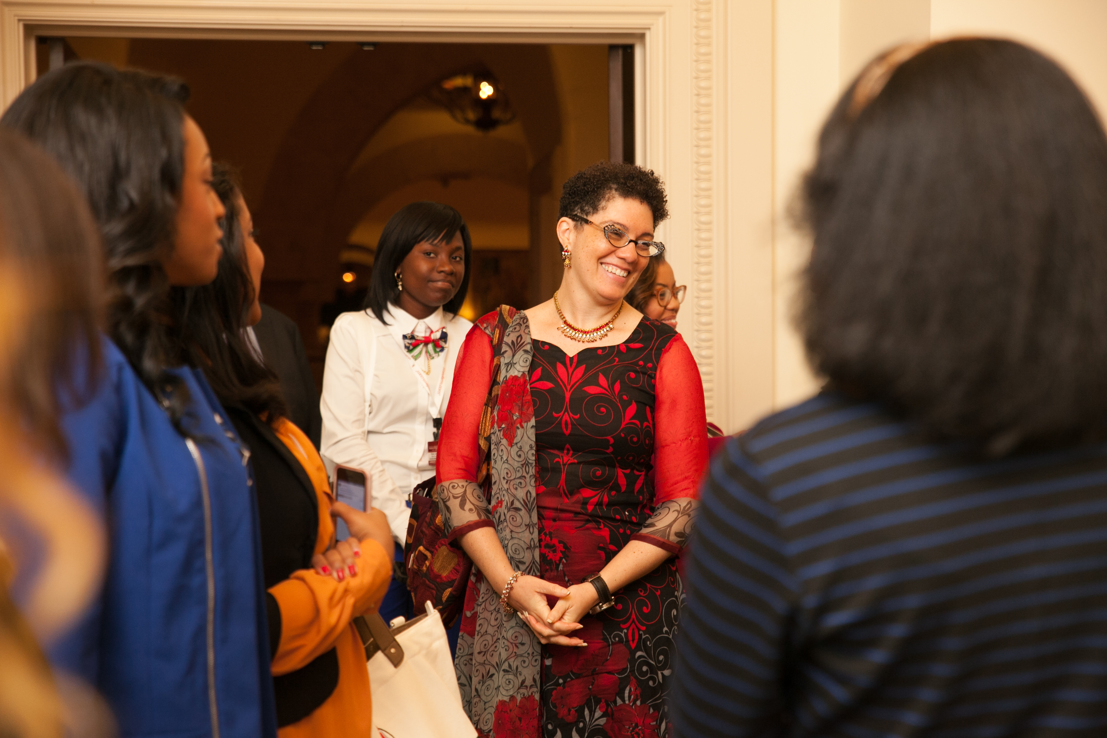 Walsh shares a moment with the HBCU students who attended the symposium and Thought Leaders Dinner at WPS. The input from these young women proved invaluable in the development of strategies focused on talent development, sponsorship and college financing, among others.