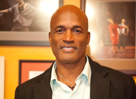 Iconic Director Kenny Leon Wins First Career Tony Award For A Raisin In The Sun