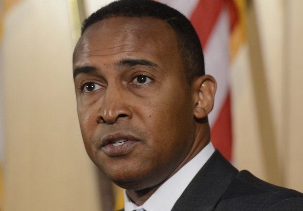 Charlotte Mayor Arrested for Taking Bribes From the FBI