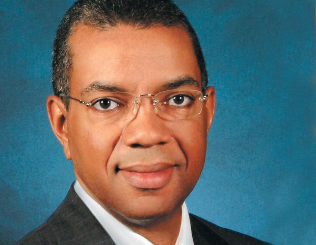 William L. Hawthorne III SVP, Diversity Strategies & Legal Affairs Macy's Inc.
