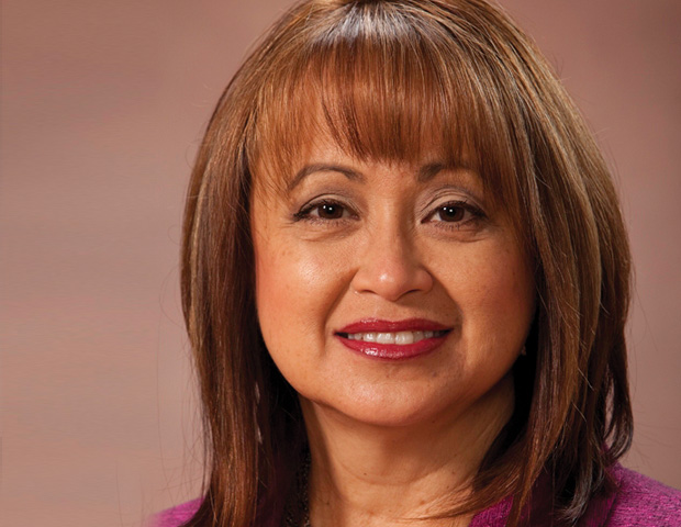 Lorie Valle-Yañez