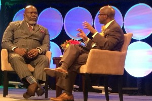 Business and faith leader T.D. Jakes sat down for a one-on-one conversation with Black Enterprise's chief content officer at the Black Enterprise Entrepreneurs Conference. (Image: Shellee Fisher)
