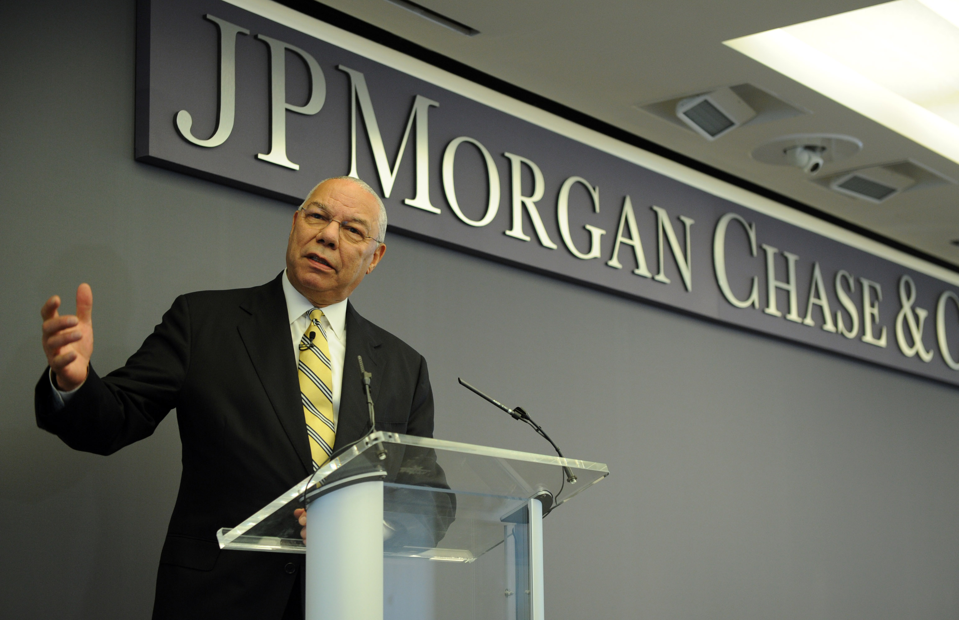 Colin Powell Speaks: Mentoring, Reality TV & 'Baby Mama' Concept