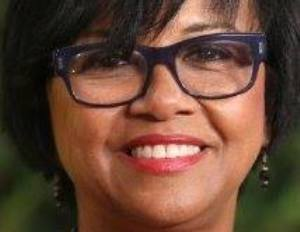 Film Academy Re-Elects Cheryl Boone Isaacs as President