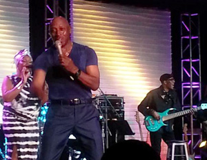 Singer Jeffrey Osborne closed out an awesome 2014 Black Enterprise Golf & Tennis Challenge event. (Image: File)
