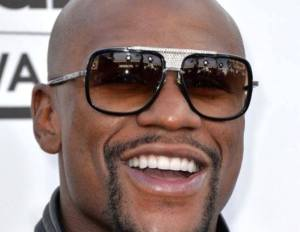 Mayweather Wants to Sign Pacquiao in order to fight him