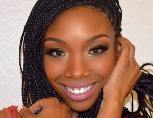 Brandy Makes Broadway Debut in 'Chicago'