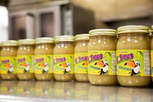 College Entrepreneur Ethan Holmes Gets Support To Grow Applesauce Business