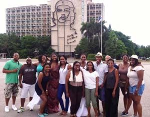 Discover Havana tourist group 3