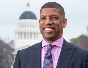 TechConneXt Summit: Sacramento Mayor Kevin Johnson Talks Urban Cities 3.0
