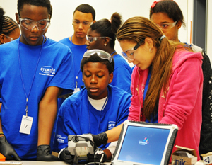 Defense Department Awards $3.78 Million to STEM Program for Minority Students