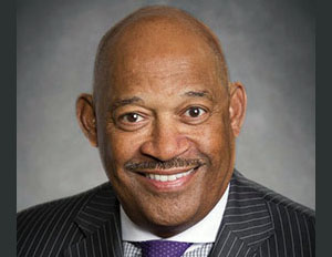 Apple Adds an African American to its Board of Directors