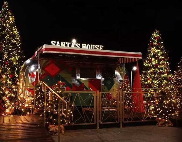 Santa's House O.C., California