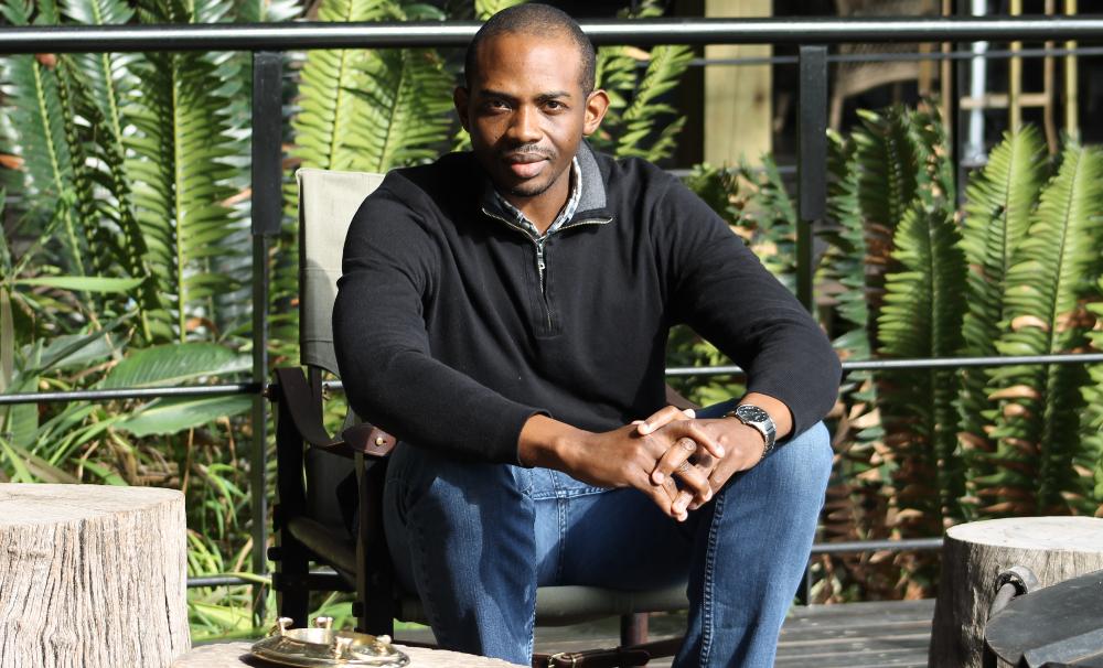 "BE Modern Man Ambassador: Meet ""Mr. Luxury Travel"" Jason Elliott"