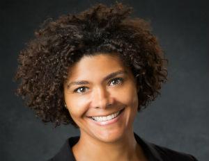 On the Move: Christine Villanueva Steps Up as New Walton Isaacson SVP, Head of Strategy