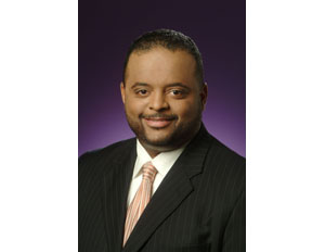 Roland Martin Serves as Keynote Speaker for National Society of Black Engineers Event