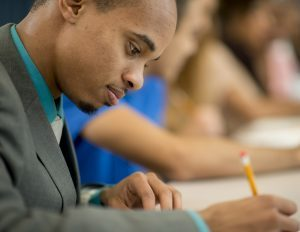 5 Tips to Managing the College Application Process