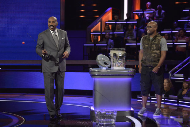 Steve Harvey and the fishing caddy ceo Joe Pippins on Steve Harvey's Funderdome