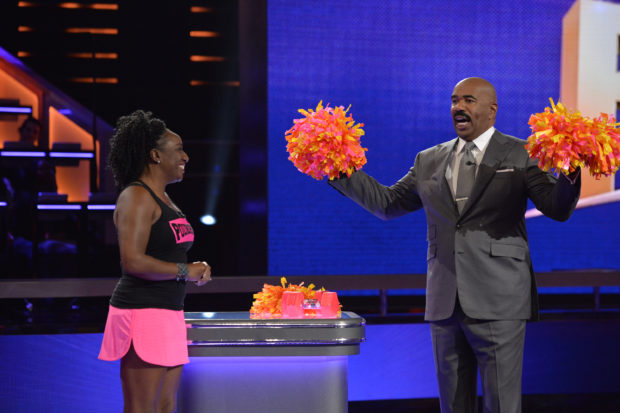 "STEVE HARVEY'S FUNDERDOME - ""Episode 104"" - Aspiring inventors hoping to win over a live studio audience to fund their ideas, products or companies include: swimsuit pieces that can be used as either a top or a bottom, weighted pompoms, and a plate that converts into a container to store the uneaten portion of kids' meals, on an all-new episode of the seed-funding competition reality series, ""Steve Harvey's FUNDERDOME,"" airing on SUNDAY, JULY 9 (9:00-10:00 p.m.), on The ABC Television Network. (ABC/Lisa Rose) SHERRY LEETHAM (POUNDPOMS), STEVE HARVEY"