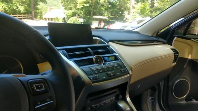 Lexus NX300h hybris Lexus Mountain Adventure