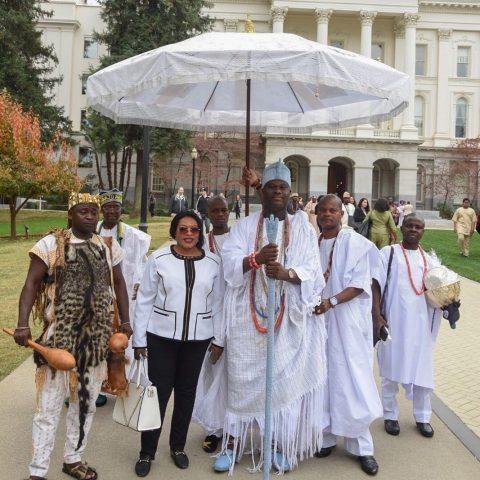 King, Adeyeye Enitan Ogunwusi Ojaja II and Royal Family (Image: Muyekconcepts)