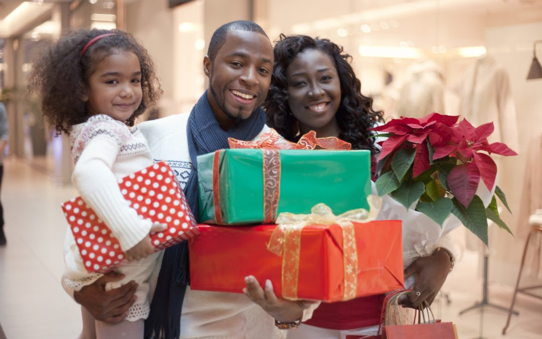 Tips to Help Stay Out of the Red During Holiday Shopping Season