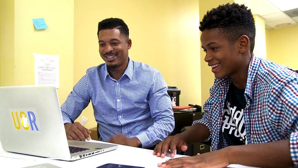 Hidden Genius Project Partners with Uber to Prepare College Engineers for Jobs