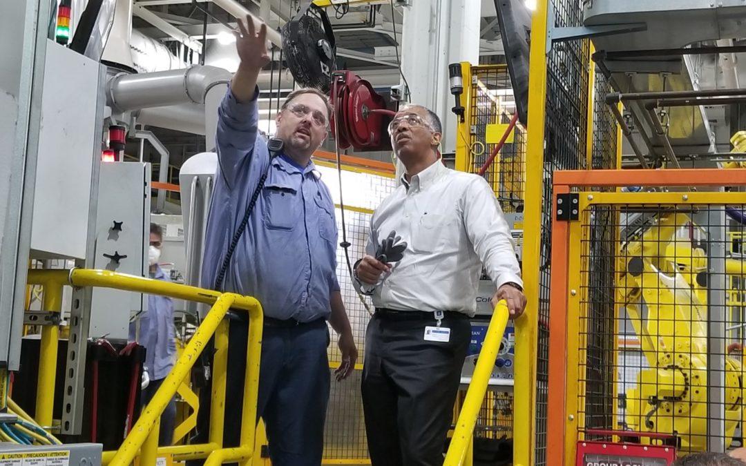 Arvin Jones Accepts 2019 NSBE Lifetime Achievement in Industry Award